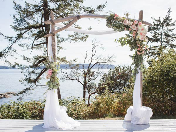 Sunshine Coast BC wedding design and decor services
